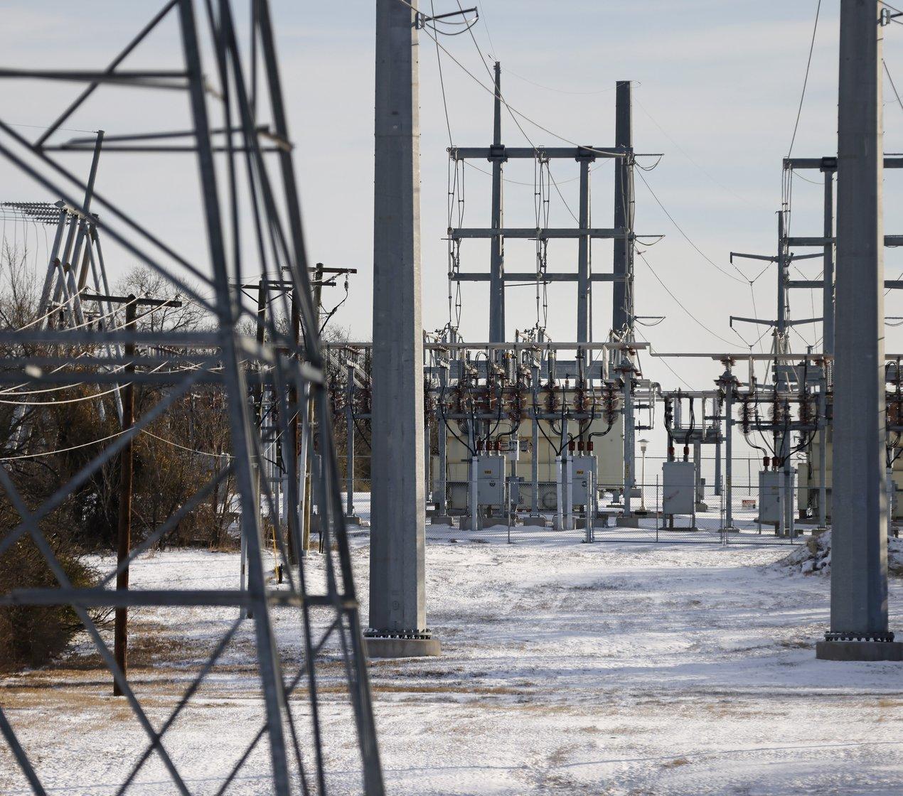 texas snow powerlines