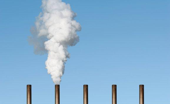 Smokestacks air pollution - M.jpg