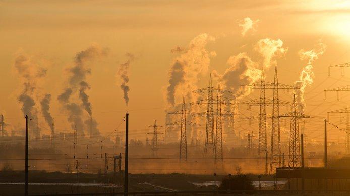 air-pollution-climate-change-dawn-221012.jpg