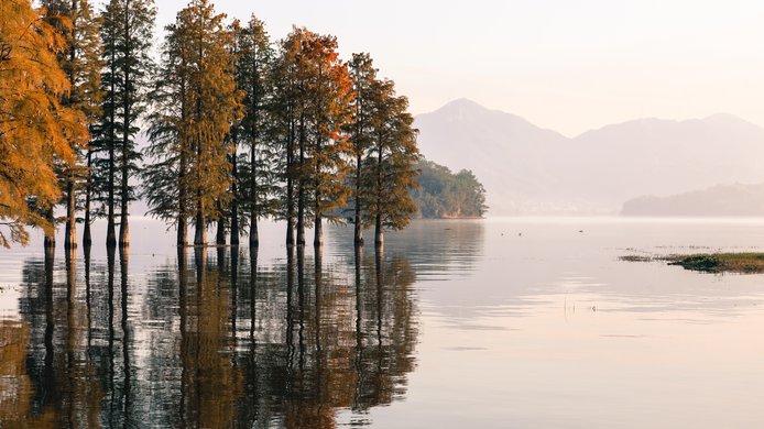lake-5045059.jpg