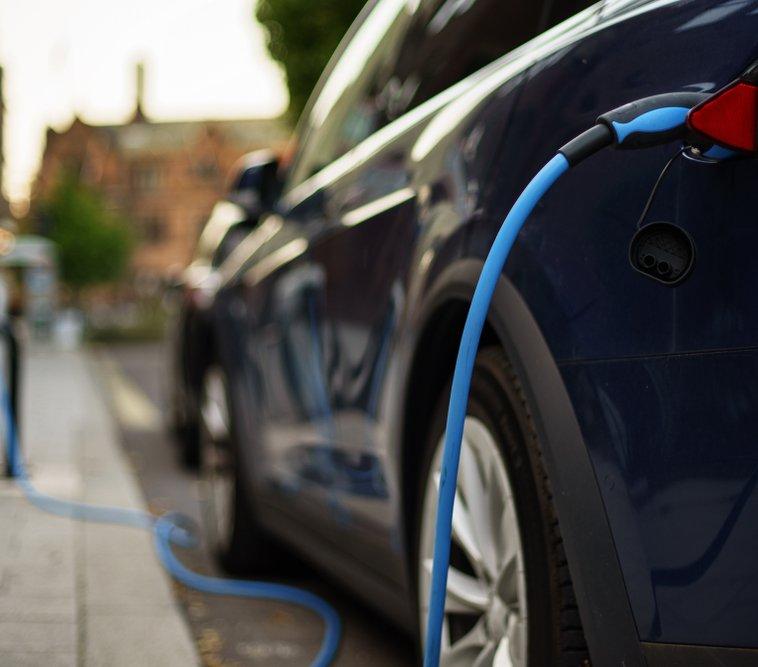 ev blue car