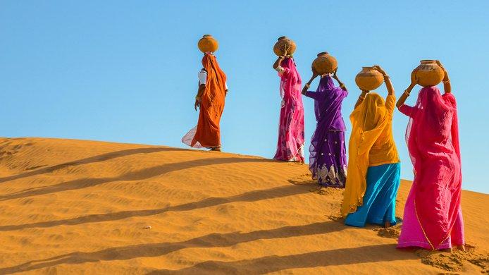 Women with water jugs.jpg