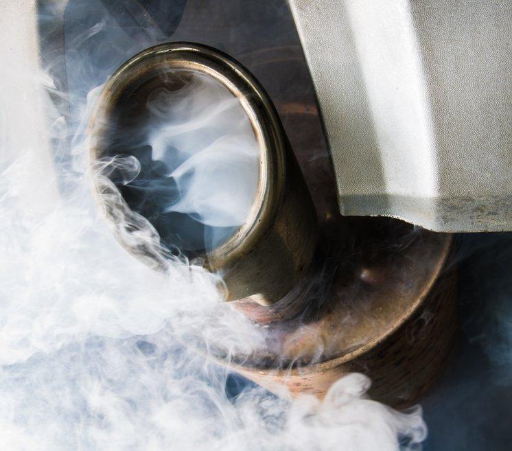 exhaust car shutterstock_646566271.jpg